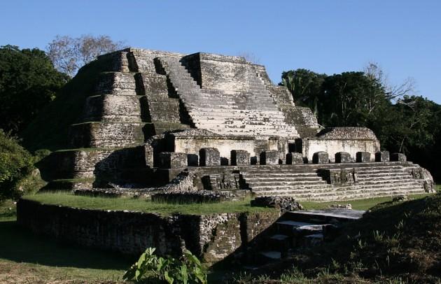 Belíz: Altun Ha maja piramis Forrás: hu.wikipedia.org