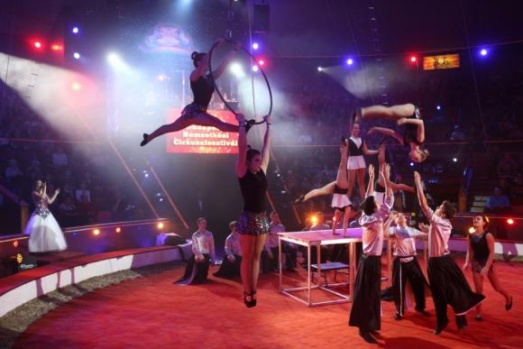 magyar-cirkusz-es-variete-ifju-cirkusz-csillagai-original-47653