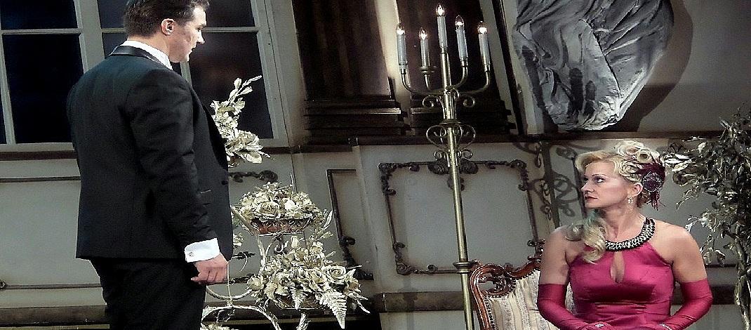 A Miskolci Nemzeti Színházban a Viktória című operett főszerepében / PTV Fotó: Vona Ildikó