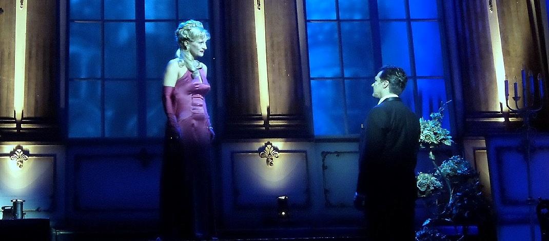 Eperjesi Erika és Dolhai Attila a Viktória című operettben / PTV Fotó: Vona Ildikó