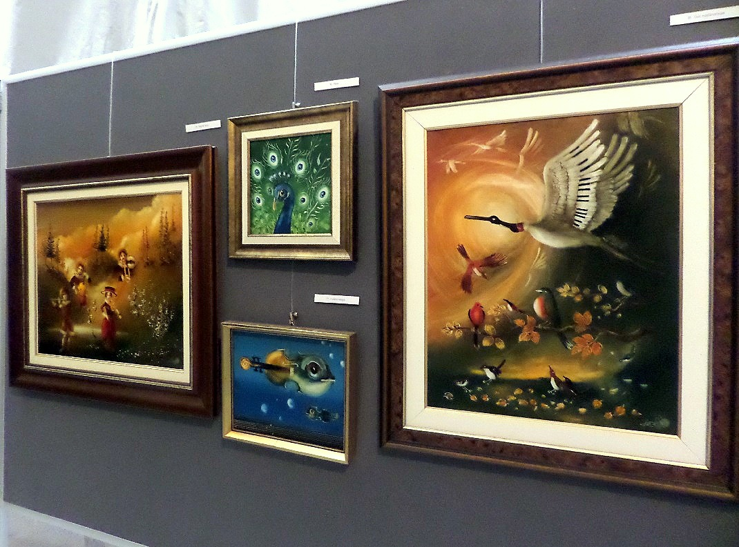 Képes Tibor festményei a miskolci Művészetek Háza Galériájában / PTV Fotó: Vona Ildikó