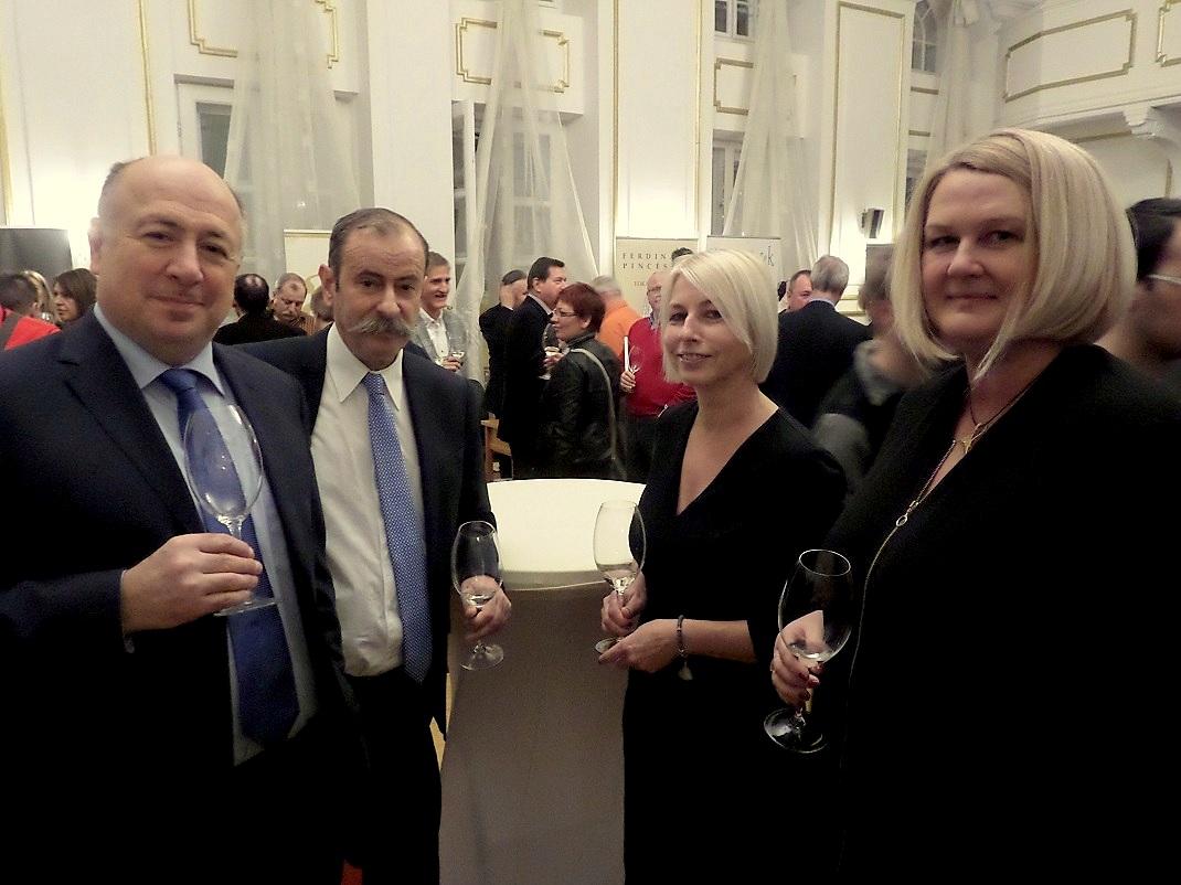 (b-j) Kriza Ákos, Demeter Ervin, Csöbör Katalin, Czikora Ágnes / PTV Fotó: Vona Ildikó