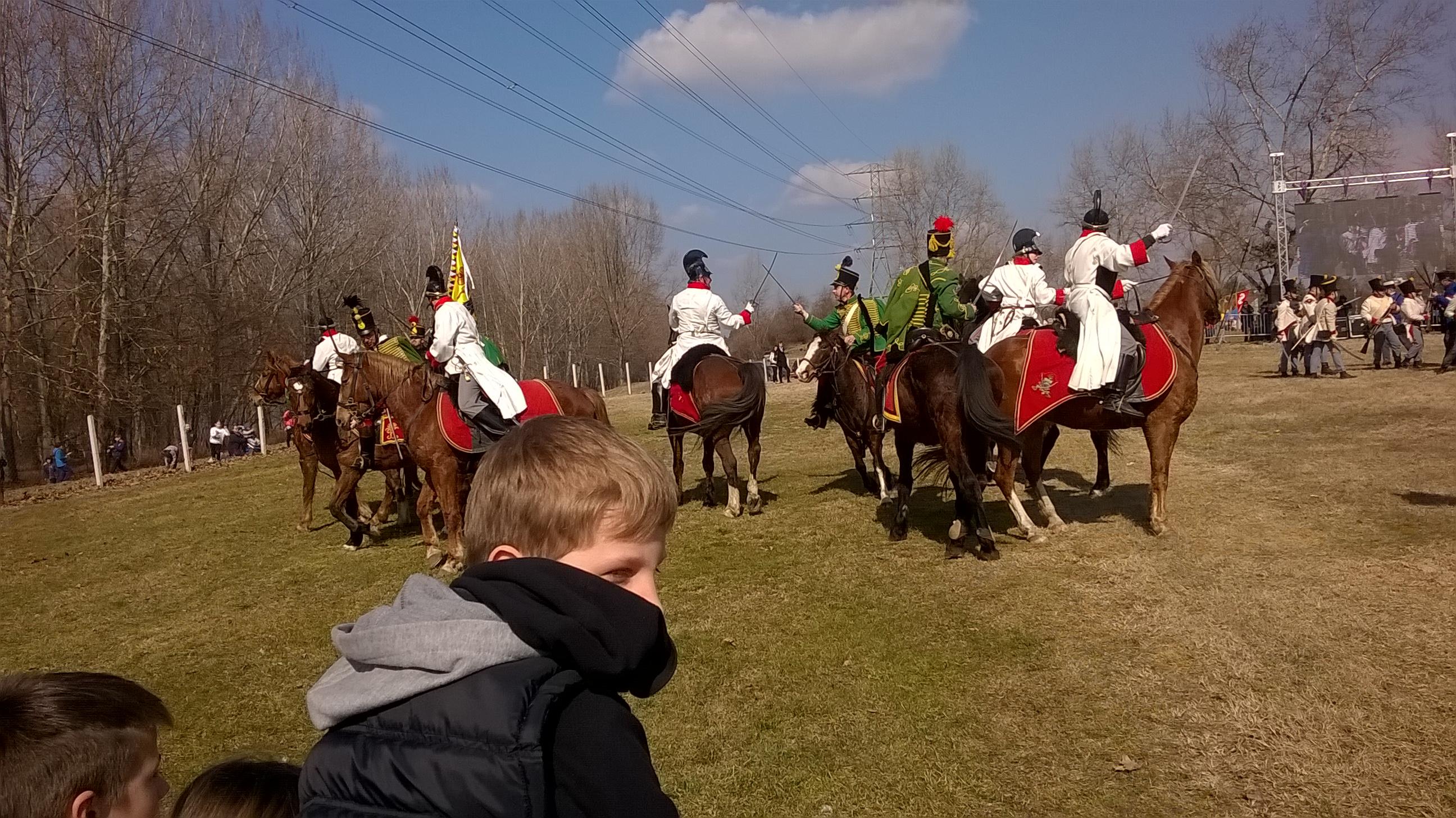 lovasok karddal csatázva