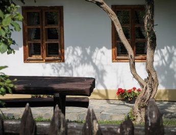 Latorcai: világörökségi területeken egyes ingatlanokra elővásárlási joga van az államnak