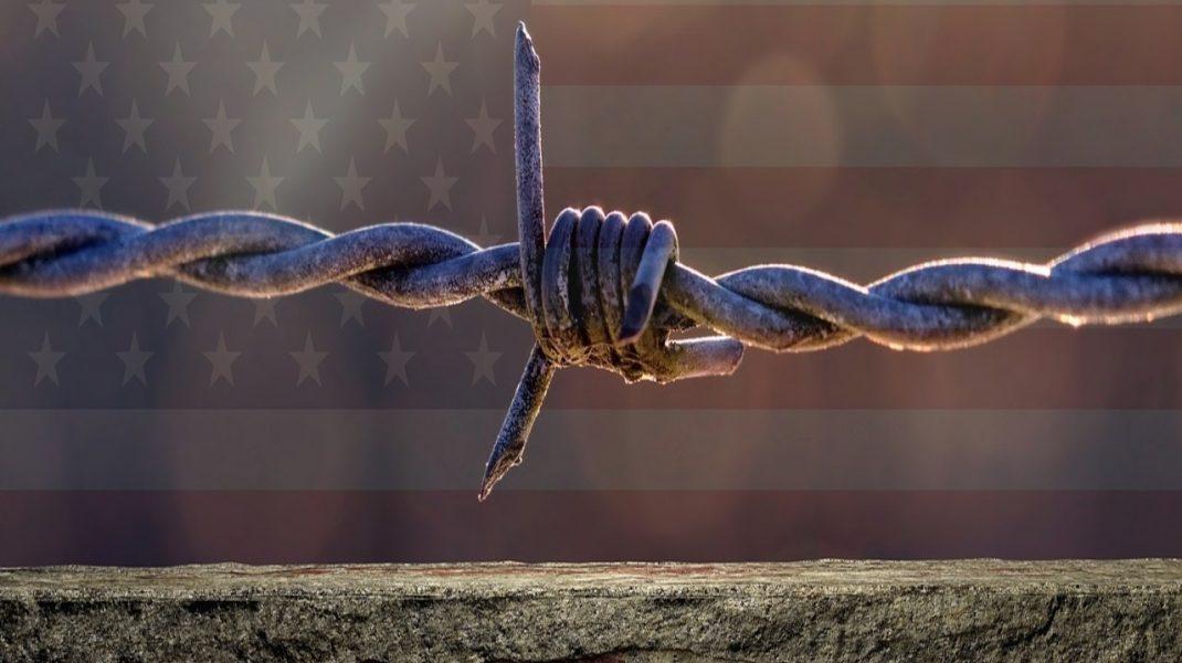 """Donald Trump:  """"egy ország határok nélkül egyáltalán nem ország""""."""