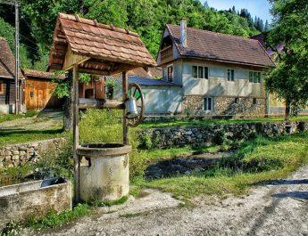 Támogatást kérnek a székelyföldi románok