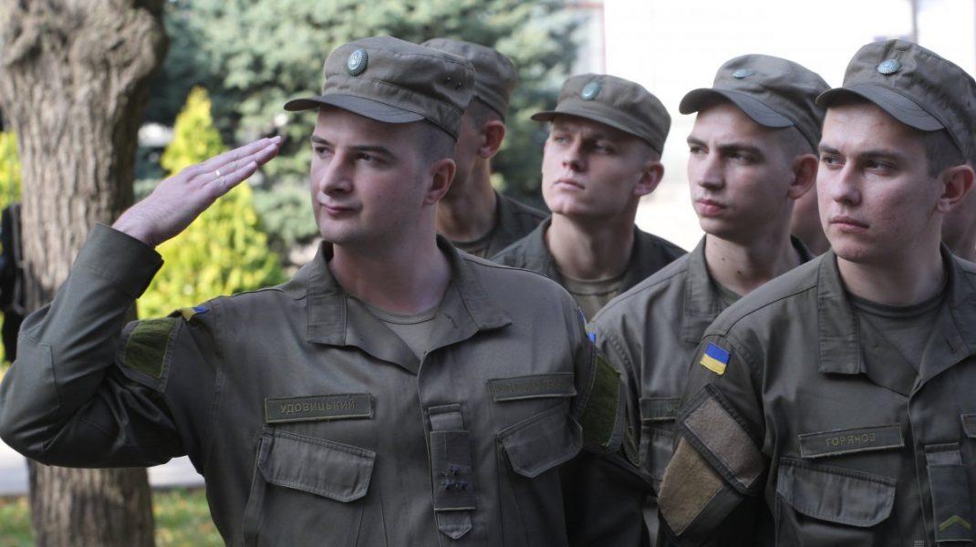 Ukrajnában már az utcán vadásszák le a sorköteleseket
