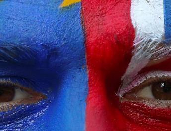 Egymillióan írták alá bő fél nap alatt a petíciót, amiben a brexit leállítását követelik