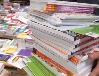 2020-tól jöhetnek az ingyen tankönyvek mindenkinek