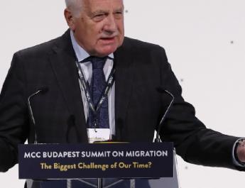 Klaus: Az európai elit el akarja tüntetni a régi nemzeteket