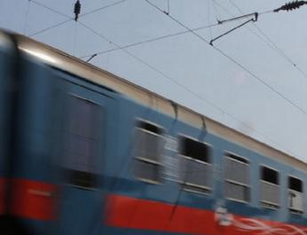 Tragédia Monorierdőnél: zenét hallgatott és telefonozott a 16 éves fiatal, amikor elgázolta a vonat
