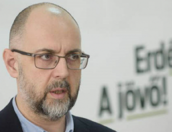 Másfél évre kitiltották Ukrajnából az RMDSZ elnökét