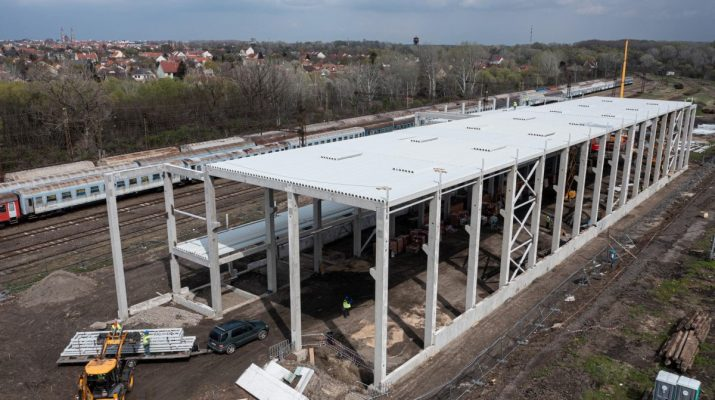 tram-train karbantartási csarnok Szeged