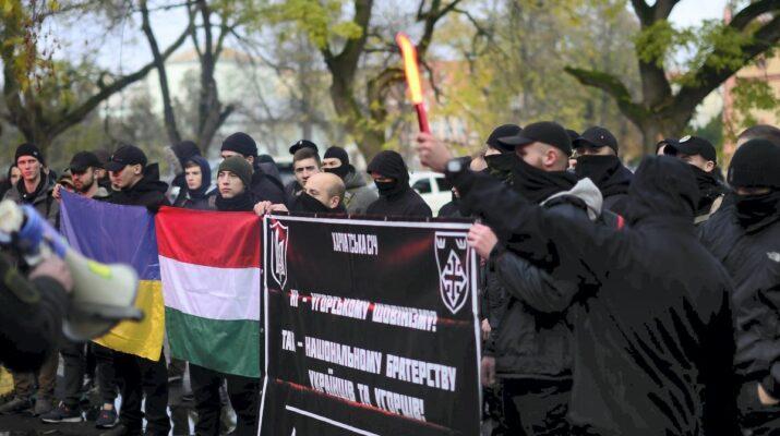 Ukrajna, nemzeti kisebbségekről szóló törvény tervezetének társadalmi megvitatása